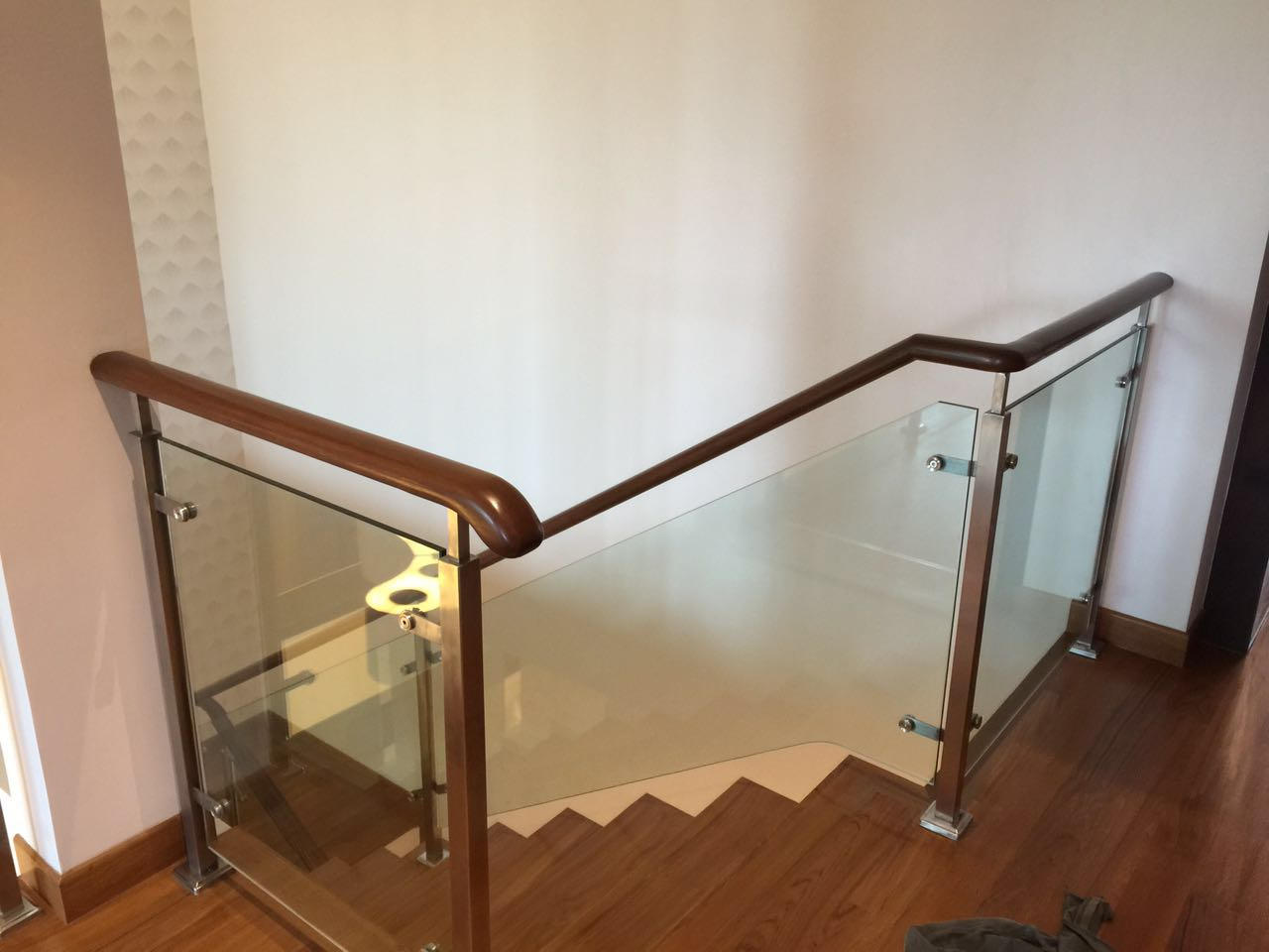 Stainless Steel Staircase With Wooden Handrail