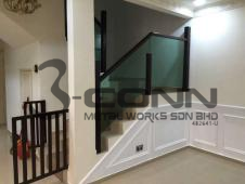 Wooden Handrail with Glass