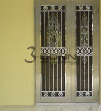 Superieur Stainless Steel Door Grill