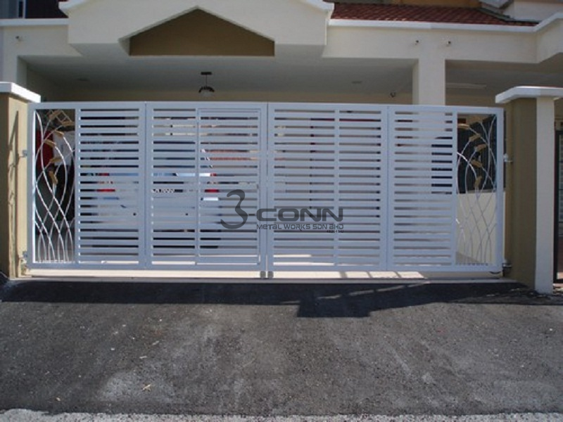 Wrought Iron Folding Main Gate
