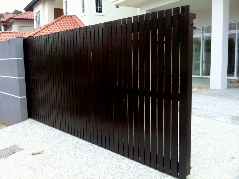 Timber main gate main gate design malaysia design for main for Wooden main gate design